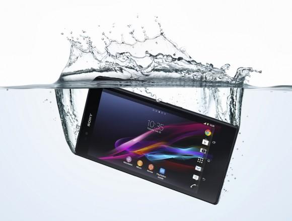 18_Xperia_Z_Ultra_Water_Horiz-580x439